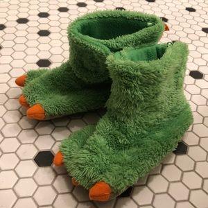 MONSTER FEET Slippers Boy's XL 11-12 Green Fur